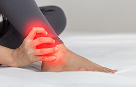 Ankle Joint Pain Image - Chanddini Hospital